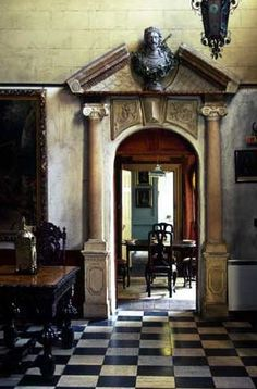 ♜ Shabby Castle Chic ♜ rich and gorgeous home decor - Southside House in Wimbledon Rome Apartment, Checkered Floors, Ivy House, English House, Old World Style, Vintage Interiors, Town And Country, Beautiful Space, Historic Homes