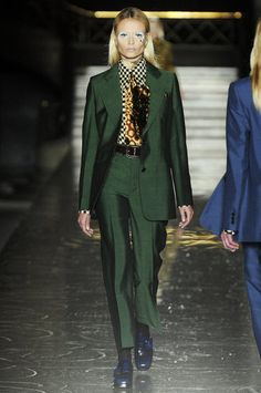 Miu Miu Fall 2012 (as shown by Natasha Poly here) ... again with the trousers  www.fashionologie.com