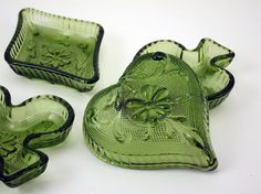 depression glass suit dishes.