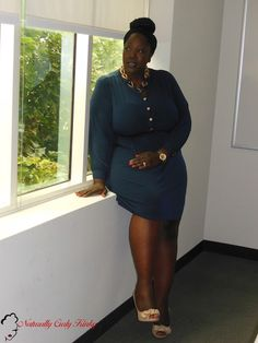 Plus Size, Plus Size Fashion, Style, Plus Size Blogger, Fioni Heels, Curvy, woman of color, african American, Natural Hair, Box Braids, Navy Blue, Gold, Dress,  Aldo Necklace, Ray Ban Glasses