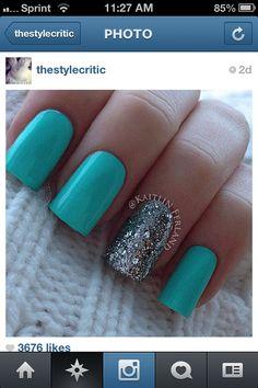Nails-Tiffany blue!