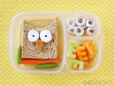 Whooo's Ready for Lunch? Break the school lunch rut Cute Lunch Boxes, Bento Box Lunch, Lunch Snacks, Box Lunches, Kids Lunch For School, Healthy School Lunches, Owl School, Healthy Snacks, Healthy Eating
