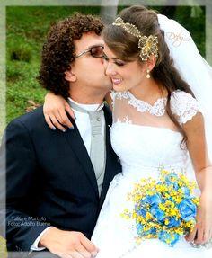 Tiara de noiva rendinha com flor dourada by Deby noivas