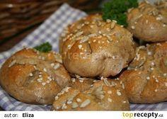 Celozrnné housky/ výborné - My site Slovak Recipes, Russian Recipes, Bread And Pastries, Bread Rolls, Graham, Food And Drink, Yummy Food, Homemade, Vegan