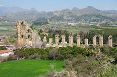 Der römische Aquaedukt von Aspendos