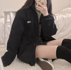 korean fashion aesthetic outfits soft kfashion ulzzang girl 얼짱 casual clothes grunge minimalistic cute kawaii comfy formal everyday street spring summer autumn winter g e o r g i a n a : c l o t h e s Korean Girl Fashion, Korean Street Fashion, Ulzzang Fashion, Cute Fashion, Asian Fashion, Edgy Outfits, Korean Outfits, Grunge Outfits, Cute Casual Outfits