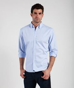 Men's classic blue oxford with a navy blue signature sail. The ultimate gentlemen's shirt. $79