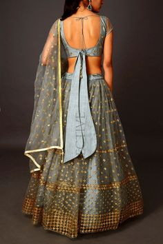 Merlin grey geometric sequinned lehenga with embroidered blouse (unstitched) and embroidered net dupatta. Blouse Back Neck Designs, Choli Designs, Fancy Blouse Designs, Lehenga Designs, Saree Blouse Designs, Sari Design, Dress Indian Style, Indian Blouse, Indian Wear
