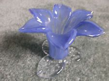 NEW HAND BLOWN ART GLASS LILLY! LT. BLUE W/ CLEAR! DECOR FLOWER OR CANDLEHOLDER!