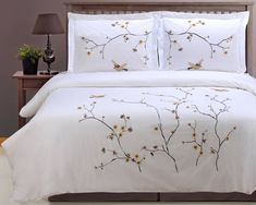 A duvet set with embroidered branches and birds to bring some serious serenity to the sanctuary that is your room. Best Bedding Sets, Comforter Sets, Plaid Comforter, Quilt Sets, Flat Sheets, Sheet Sets, My Room, Decorative Pillows, Duvet Covers