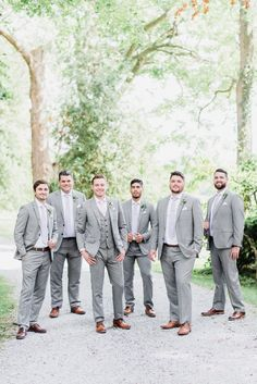 Light grey Indochino groom and groomsmen suits by Jenn Kavanagh Photography Groom And Groomsmen Suits, Groomsmen Outfits, Bridesmaids And Groomsmen, Grey Suit Groom, Beach Wedding Groomsmen, Grey Suit Brown Shoes, Grey Tux, Wedding Tuxedos, Tuxedo Suit