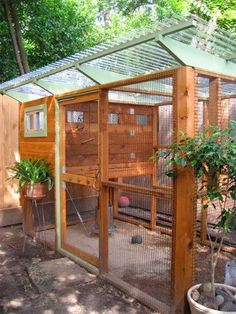 Chicken Coop Designs - http://RYGblog.com | http://www.thegardencoop.com/blog/2010/09/21/texas-chicken-coop-plans/                                                                                                                                                      More