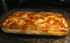 Lasagna, Pizza, Cheese, Ethnic Recipes, Food, Lasagne, Meal, Eten, Meals