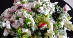 Składniki: brokuł (250g) serek wiejski (150g) rzodkiewka (150g) 1 mała cebula (50g) szczypiorek przyprawy (sól, piepr...