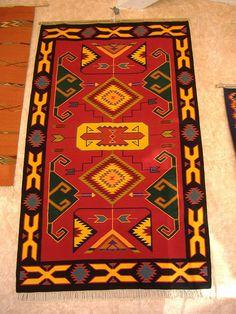 Kilim TURKIYE Yarn Crafts For Kids, Couture Embroidery, Art Nouveau Design, Kilim Rugs, Handicraft, Rugs On Carpet, Bohemian Rug, Hand Weaving, Fabric