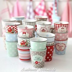 ★ KRASILNIKOFF Becher Tasse HAPPY MUG DOTS Punkte Sterne rosa blau rot mint...★ | eBay