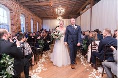 Melrose Knitting Mill, Raleigh NC Wedding | Clay & Karen | Photography by Marirosa Blog | Stella York wedding dress