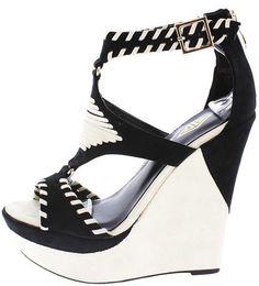 New wedges for the summer !!! #highheels #heels #platgorm #TagsForLikes #fashion…
