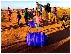 Running for Water – South African desert runner David Barnard to tackle Australia's Big Red Run in support of the Hippo Roller