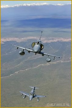 "Argentine Air Force Douglas (Lockheed-Martin) A-4AR Skyhawk ""FightingHawks"""