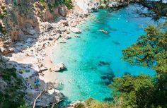 Cala Goloritzè - Sardinien http://www.urlaubsrabauken.de/reisetipps/top-10-straende-europas/