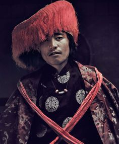 The MUSTANG tribe, NEPAL, May 2011. photo © Jimmy Nelson. http://www.yatzer.com/before-they-pass-away-jimmy-nelson
