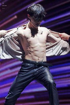 EXplOration in Seoul Kyungsoo, Chanyeol, Baekhyun Hot, Exo Kai, Exo Chanbaek, Kpop Exo, Chen, Exo Concert, Actor