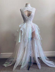 Ball Dresses, Ball Gowns, Prom Dresses, Flower Girl Dresses, Formal Dresses, Pretty Dresses, Beautiful Dresses, Strawberry Dress, Fantasy Gowns