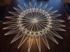 Straw Sculpture, Straw Art, Origami Paper, Holidays And Events, Metal Art, Handicraft, Diy And Crafts, Home Decor, Seasons