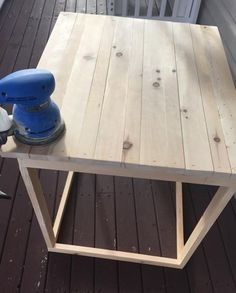 dog crate table - diy slide over table from twokittiesonepittie