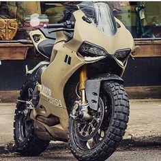 "1,884 Me gusta, 7 comentarios - @drive.motorcycle en Instagram: ""Follow us if you love Motorcycles! @drive.motorcycle // driveslate.com…"""