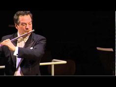 "EMMANUEL PAHUD | Claude Debussy, ""Syrinx"" for solo flute - YouTube"