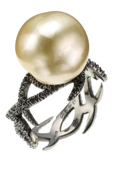 champagne pearl and black diamonds- epitome of perfect engagement ring!!! Pearls and black diamonds? Yes please!