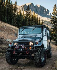 Toyota Cruiser, Toyota Fj40, Fj Cruiser, Fiat 600, Top Cars, Big Trucks, Jeep Wrangler, Motor Car, Offroad