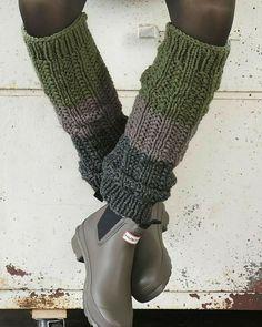 Best Fashion Advice of All Time – Best Fashion Advice of All Time Crochet Leg Warmers, Crochet Socks, Knit Mittens, Knitting Socks, Crochet Yarn, Hand Knitting, Knitting Patterns, Crochet Patterns, Quick Crochet