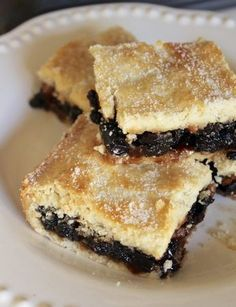 Scottish Fruit Slice, Fruit Squares, Fly Cemetery or Fly's Graveyard (Oh My! Scottish Dishes, Scottish Recipes, Irish Recipes, Sweet Recipes, Scottish Desserts, Scottish Pie Recipe, English Recipes, Baking Recipes, Cookie Recipes