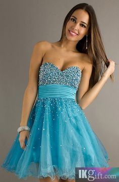 Mariposa's school dance dress