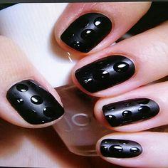 Black matte polkadot