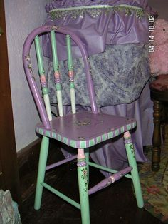 painted chair by marthacool, via Flickr