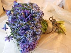 a different look, using muscari