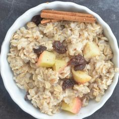 Apple raisin oatmeal- perfect for a delicious healthy breakfast for the whole family!