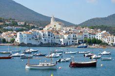 #Cadaques, uno de los pueblos más encantadores de la #CostaBrava.  http://www.viajarabarcelona.org/ciudades-cercanas/costa-brava/ #turismo #Catalunya
