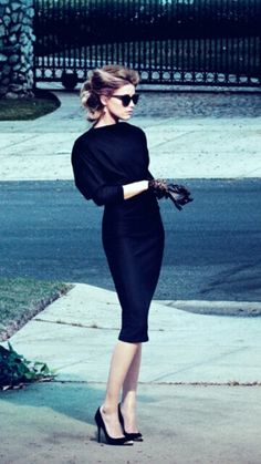 .black pumps, black dress, black gloves, & black shades so classy