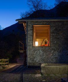 Vudafieri Saverino Partners, Paolo Valentini · Mountain Stone House. Sondrio, Italia