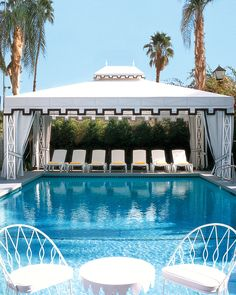 Viceroy Palm Springs is a glam resort that harkens back to Old Hollywood's glamour.