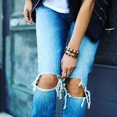 Jean obbssion!   #jean #jeanlife #rippedjeans #marketing #internetmarketing #girl #girljustwannahavefun #girls #instalike #instagram #picoftheday #theaddicta #follows #followme #followus #shop #ripped http://ift.tt/2jUWoCd theaddicta.com