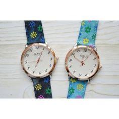 Reloj con correa denim de piel y flores