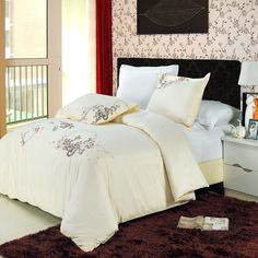 Sophia Egyptian cotton Embroidered Duvet Cover Set $99.99 www.scotts-sales.com