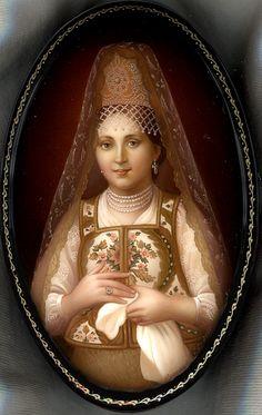 """Portrait Of Boyarinya"" Lacquer Art by Sergey Fomichov (Fediskino)"