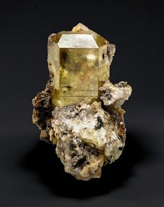 Mimetite - 4.4 cm - SOLD  Tsumeb Mine, Otjikoto Region, Tsumeb, Namibia